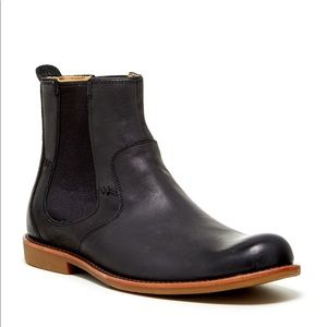 UGG Stevenson Leather Chelsea Ankle Boot